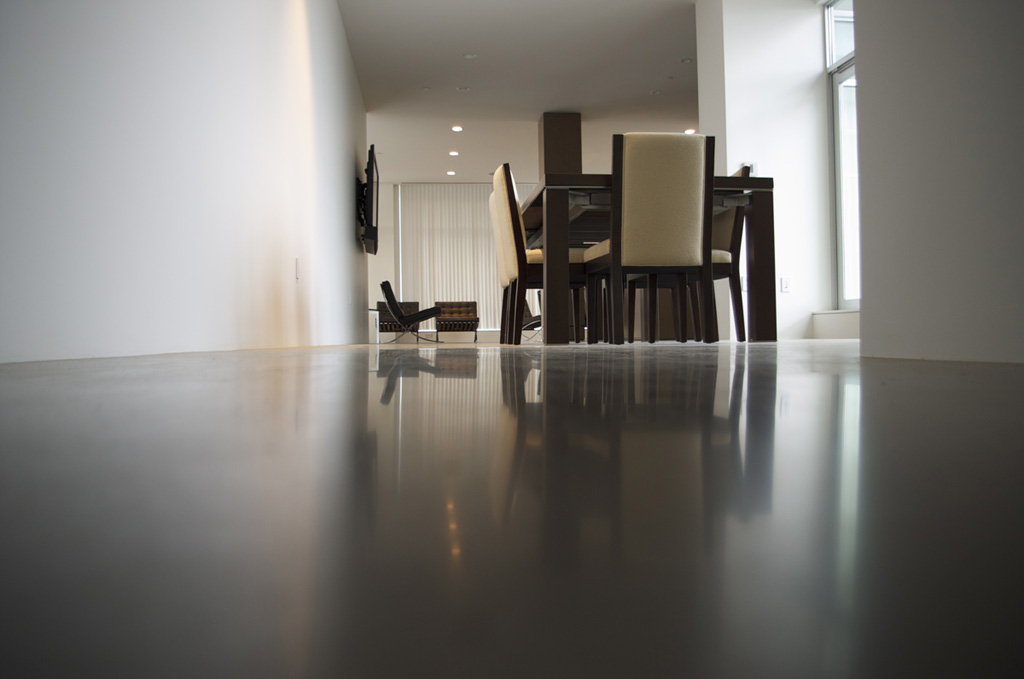 how to get a polished concrete floor